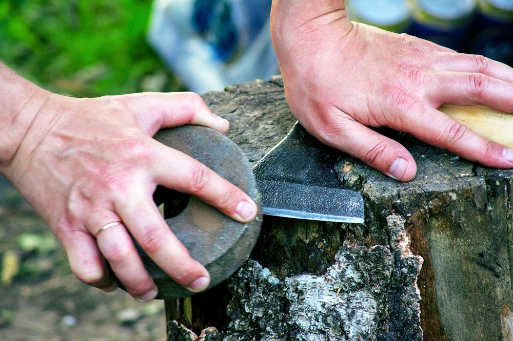 Sharpening an axe