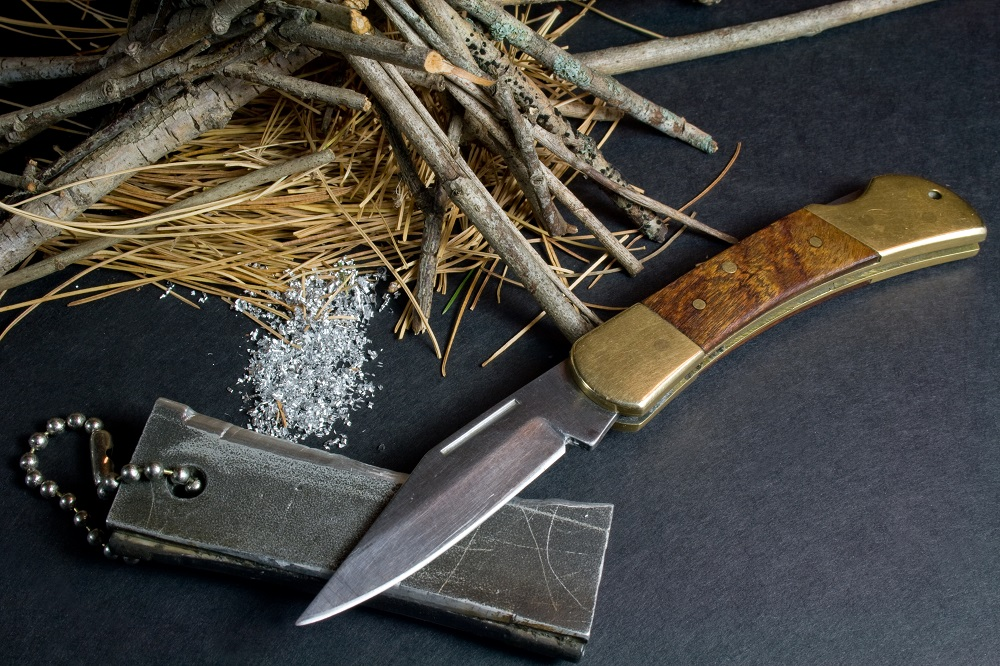 flint and knife