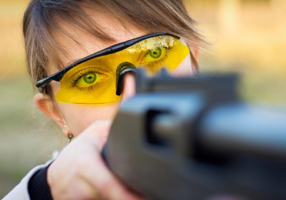 girl target shooting