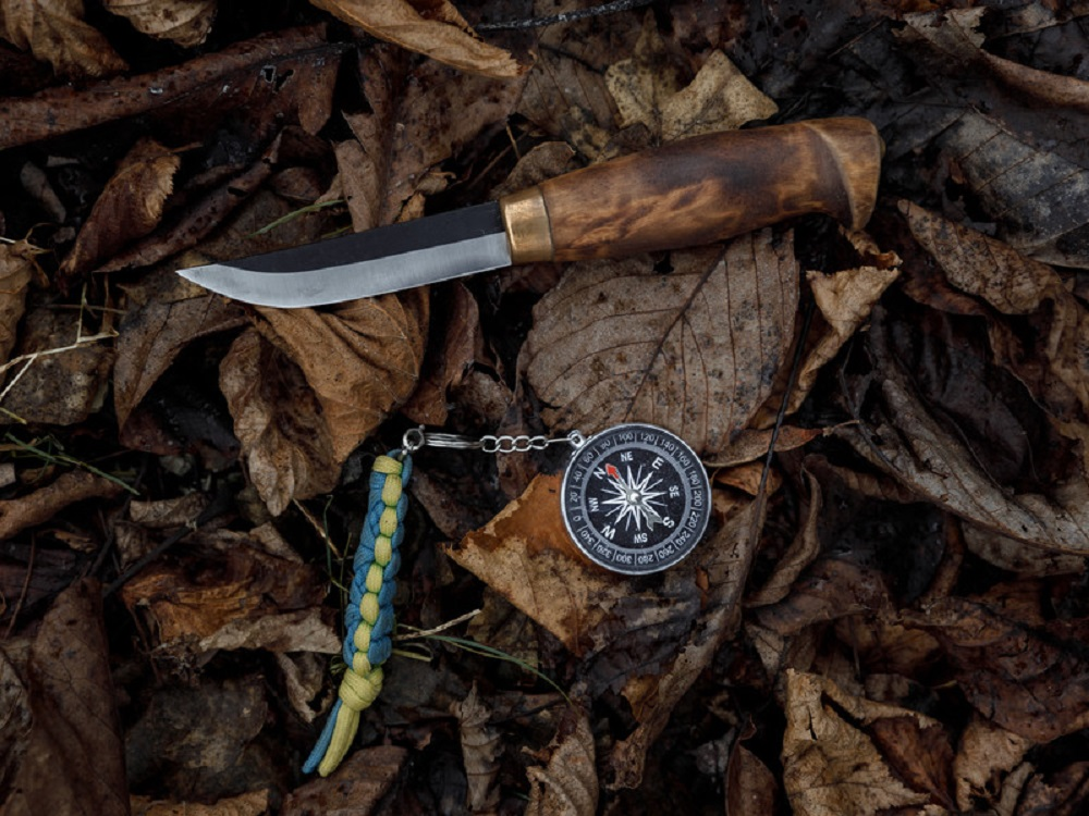 knife and compass