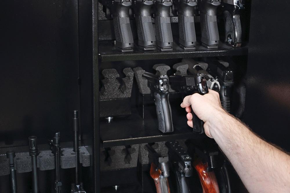pistol how to move a gun safe